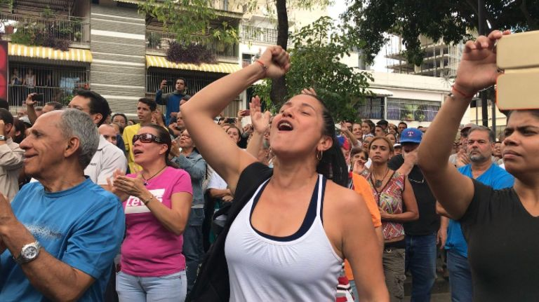 skynews-juan-guaido-venezuela_4557387